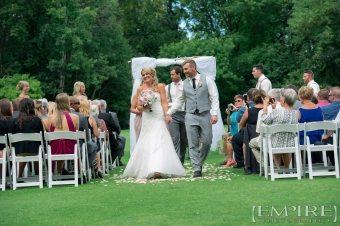 bel acres golf course outdoor wedding