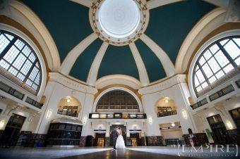 sarah-&-Jamie-via-rail-station